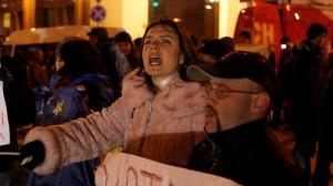 Manifestantes proeuorpeos protestan en las calles de Kiev. Fotografía de Ryan Anderson