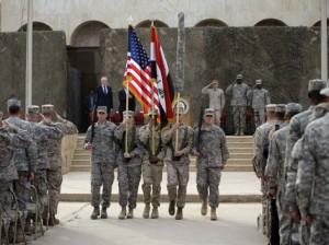 Revisión de tropas estadounidenses en Iraq
