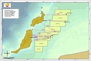 Cuadrículas en aguas españolas, cerca de Fuerteventura y Lanzarote, y puntos de interés. Imagen cedida por Repsol a EFE Verde