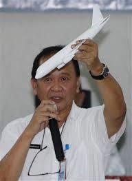 El jefe del Comité Nacional para la Seguridad en el Transporte de Indonesia, Tatang Kurniadi.