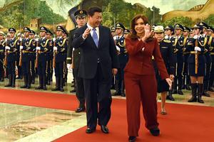 Cristina Fernández y su homólogo chino Xi Jinping /AFP