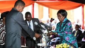 El presidente Edgar Lungu y la vicepresidenta Inonge Wina / Vía: TeleSur