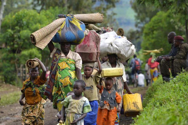 Refufiados congoleños emigran en busca de un lugar seguro donde que vivir/ Foto AFP