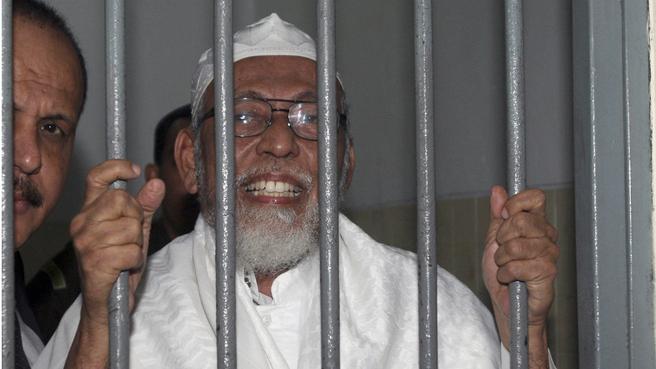 El clérigo radical Abu Bakar Bashir solicita la revisión de su condena. (Fuente: 9news)