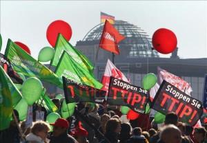 Protestas en Berlín contra el TTIP con EEUU