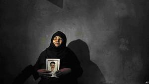 Familiares de uno de los coptos decapitados por el Estado Islámico. Fuente: Associated Press