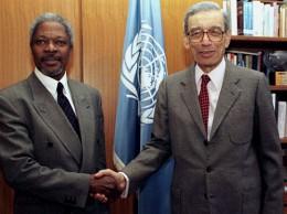 Kofi Annan y Butros Ghali en 1996