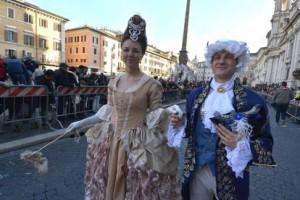 Carnaval en la céntrica Piazza Navona de Roma
