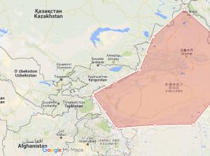 En rojo, la provincia china de Xinjiang, vecina de varios países centroasiáticos musulmanes (autoría propia)