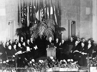Firma del Tratado de la Organización del Atlántico Norte, 9 de abril de 1949