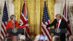 Theresa May y Donald Trump durante la rueda de prensa en la Casa Blanca. Reuters