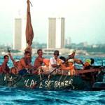 Balseros cubanos tratando de alcanzar la costa de Estados Unidos
